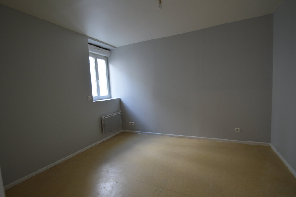 Appartement à louer 2 35m2 à Périgueux vignette-5