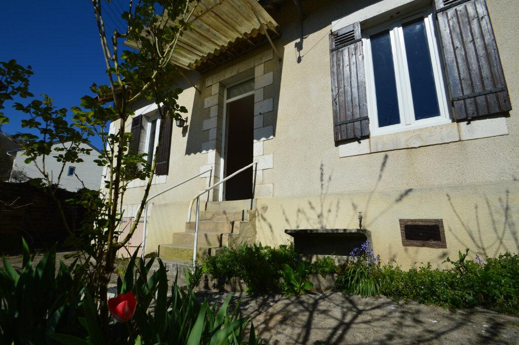 Maison à louer 2 40m2 à Périgueux vignette-2