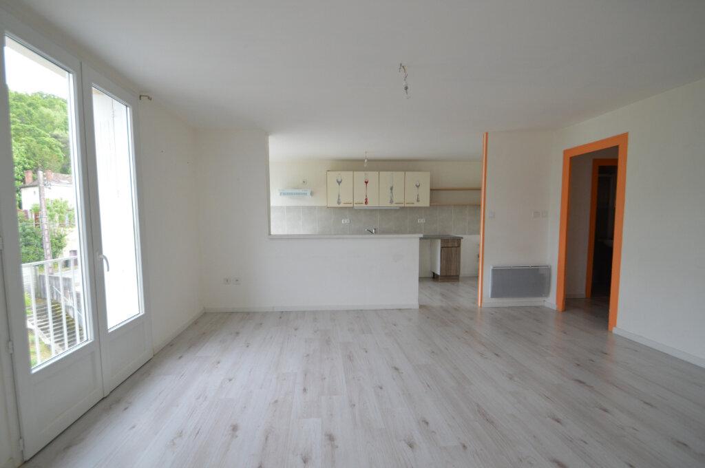 Appartement à vendre 4 70m2 à Périgueux vignette-1