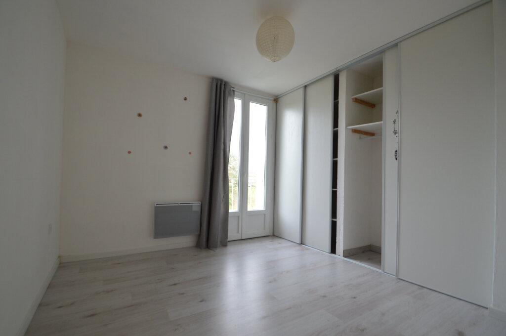 Appartement à vendre 4 70m2 à Périgueux vignette-5