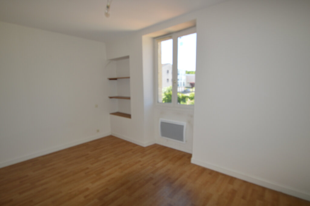 Appartement à louer 4 87m2 à Périgueux vignette-5