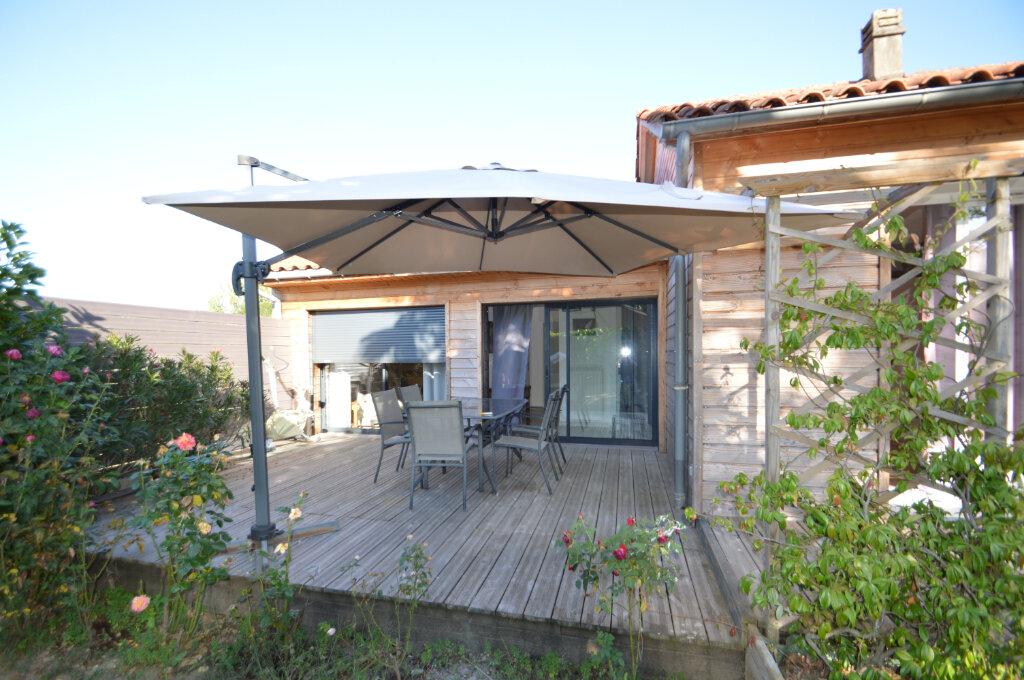 Maison à vendre 7 130m2 à Neuvic vignette-3