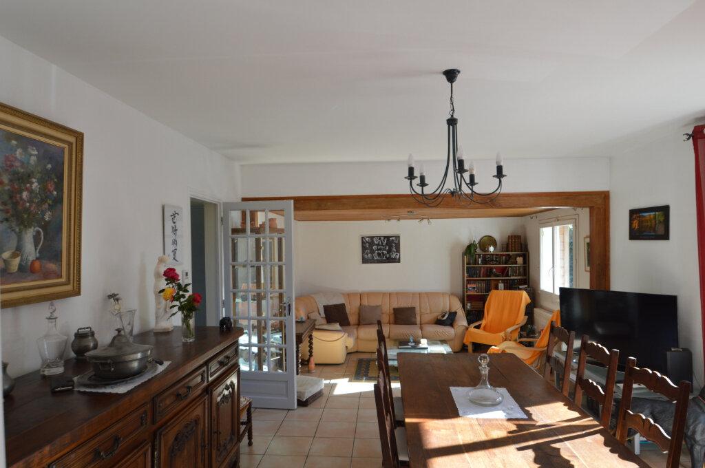 Maison à vendre 7 130m2 à Neuvic vignette-4