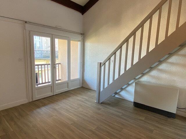 Appartement à louer 2 41m2 à Périgueux vignette-4