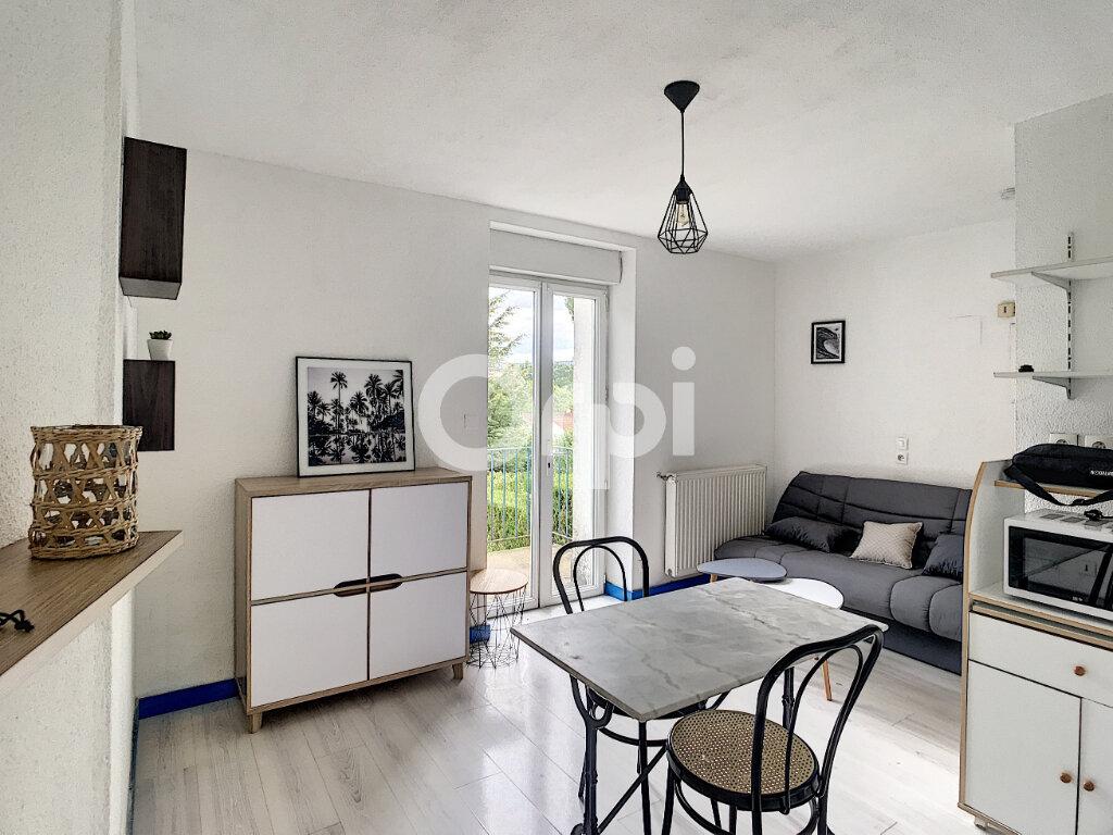 Appartement à louer 1 15m2 à Périgueux vignette-1