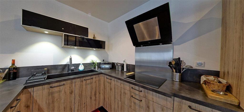 Appartement à vendre 5 187m2 à Périgueux vignette-2