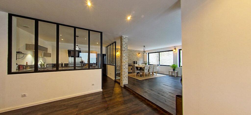 Appartement à vendre 5 187m2 à Périgueux vignette-3