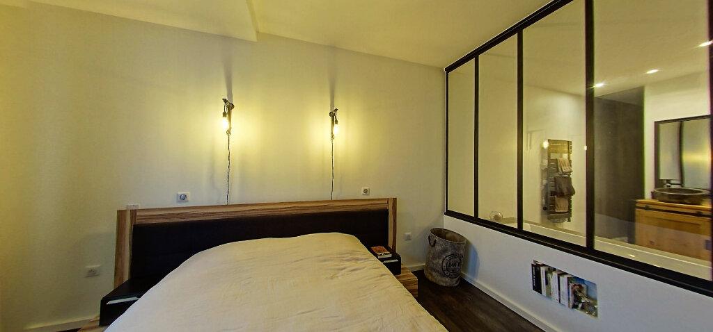 Appartement à vendre 5 187m2 à Périgueux vignette-6