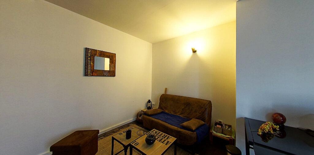 Appartement à vendre 5 187m2 à Périgueux vignette-7