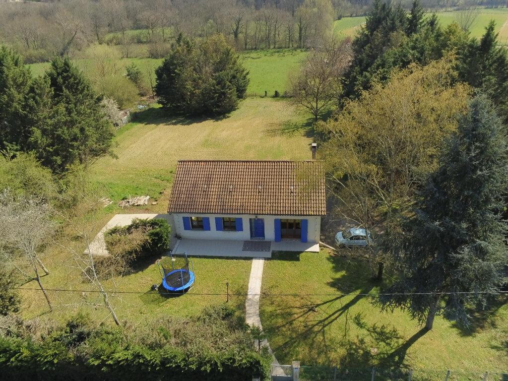Maison à vendre 5 120m2 à Château-l'Évêque vignette-1