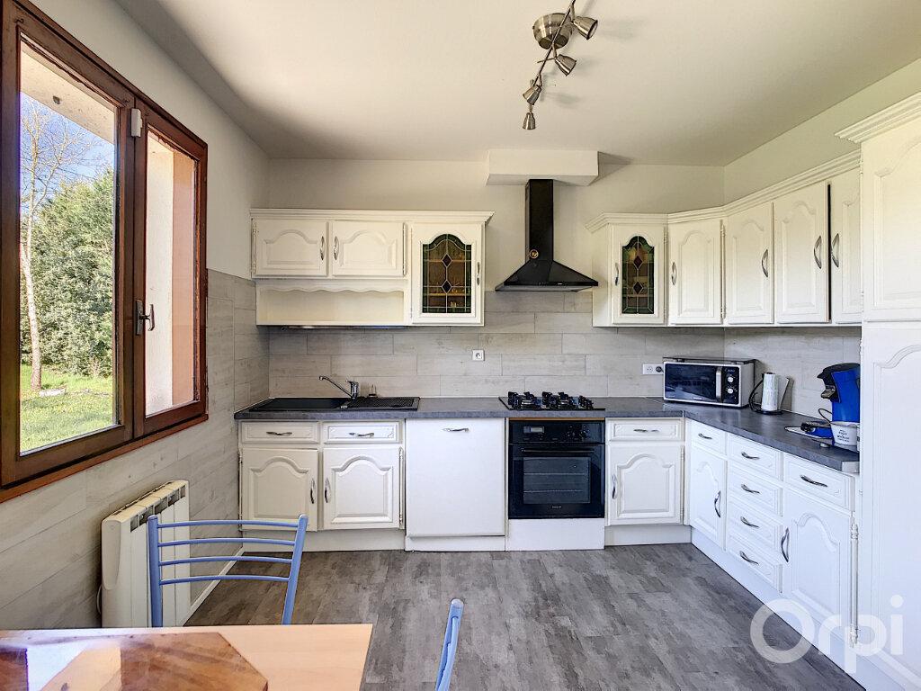Maison à vendre 5 120m2 à Château-l'Évêque vignette-3