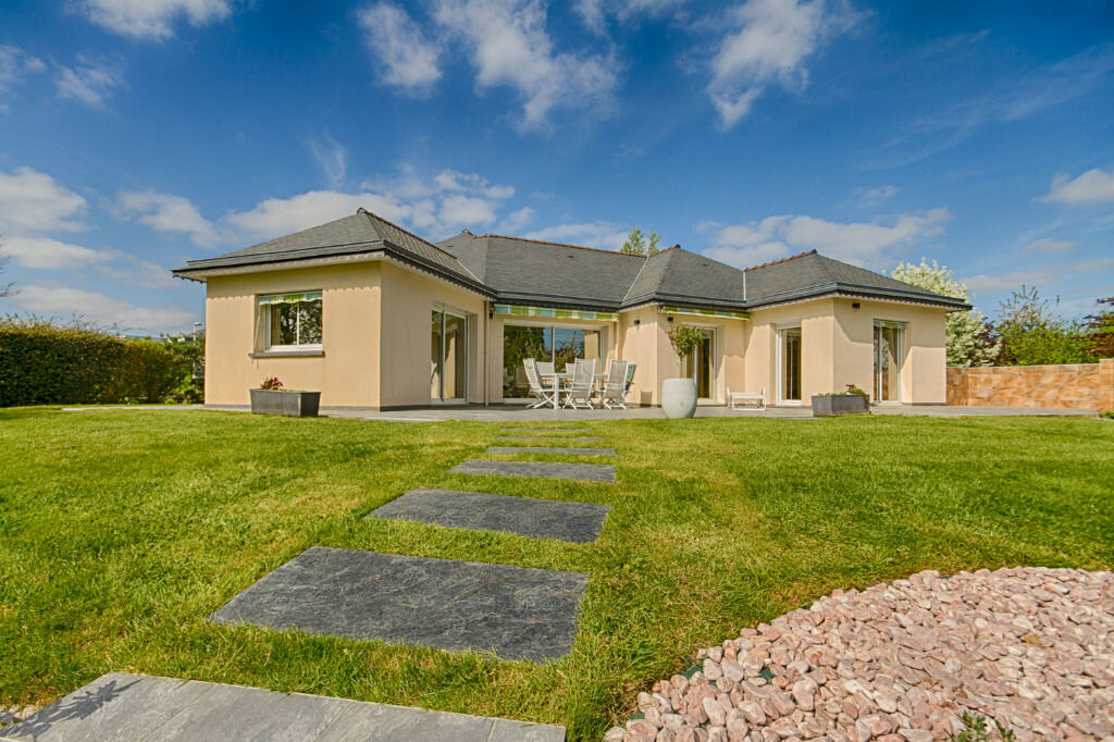 Maison à vendre 6 140m2 à Vannes vignette-4