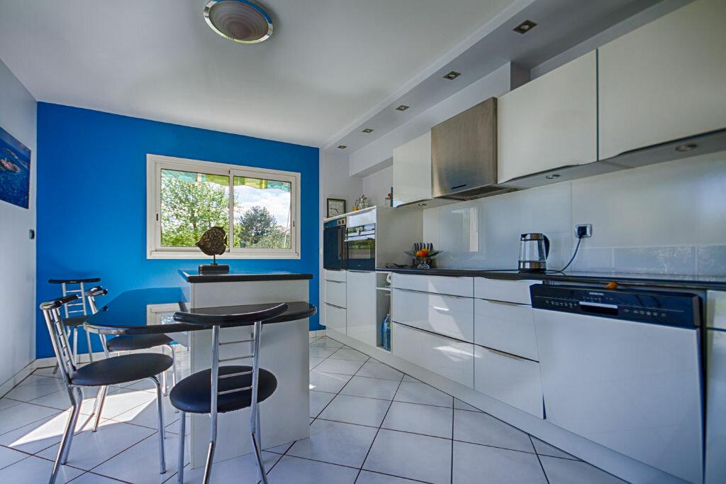 Maison à vendre 6 140m2 à Vannes vignette-9