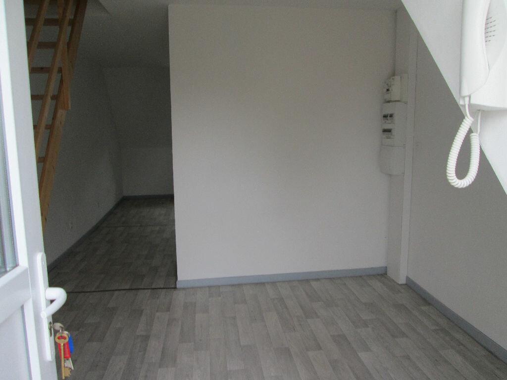 Appartement à louer 1 27m2 à Marly vignette-3