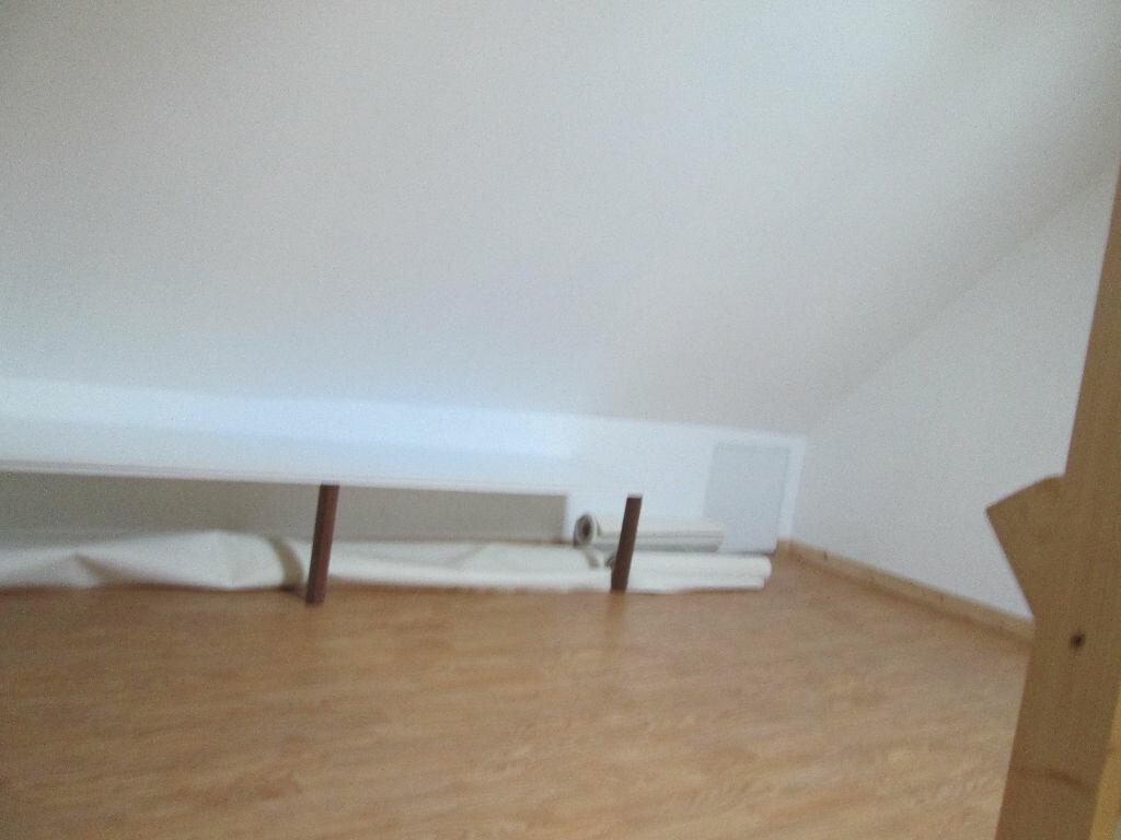 Appartement à louer 1 27m2 à Marly vignette-4