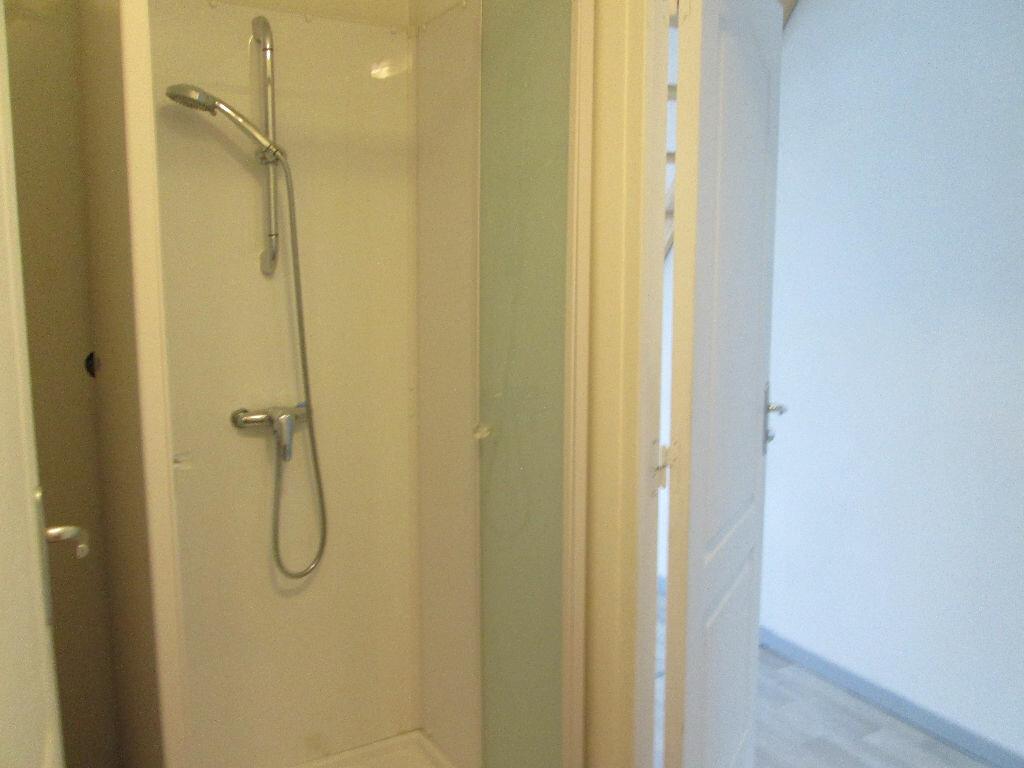Appartement à louer 1 27m2 à Marly vignette-6