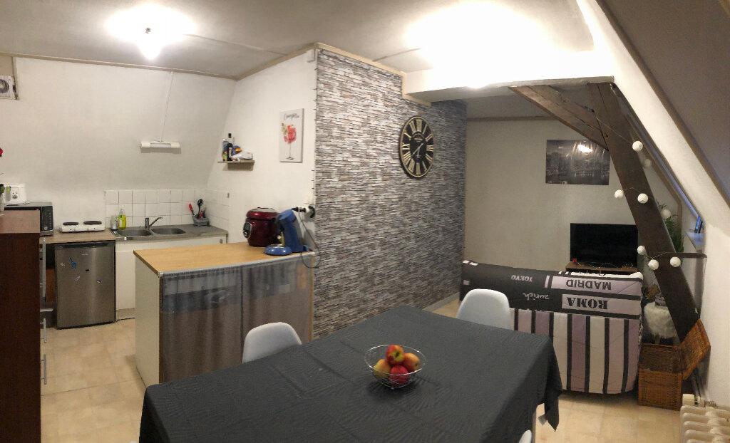 Appartement à louer 2 46m2 à Valenciennes vignette-1