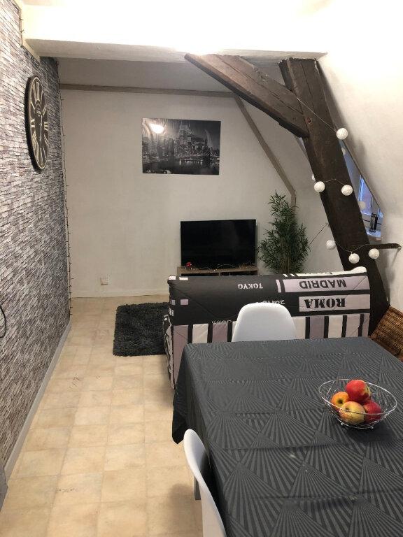 Appartement à louer 2 46m2 à Valenciennes vignette-6