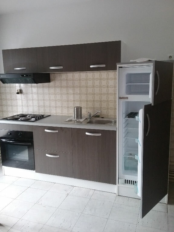 Appartement à louer 3 77.75m2 à Valenciennes vignette-1