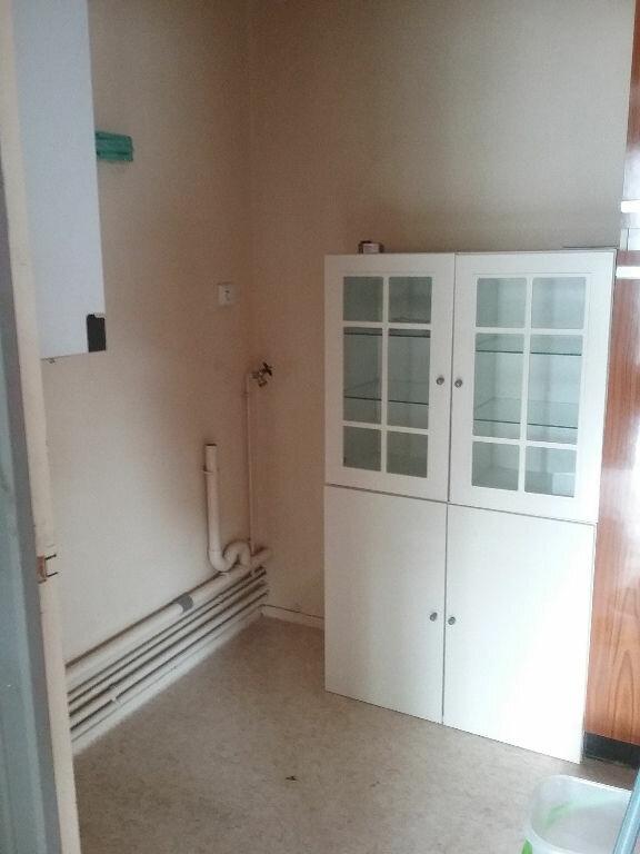 Appartement à louer 3 77.75m2 à Valenciennes vignette-5