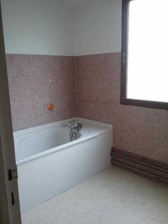 Appartement à louer 3 77.75m2 à Valenciennes vignette-8