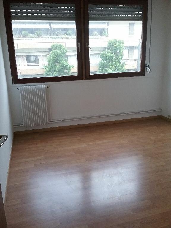 Appartement à louer 3 77.75m2 à Valenciennes vignette-11