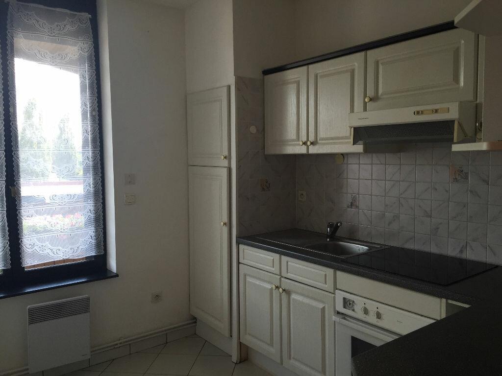 Appartement à louer 5 80m2 à Maubeuge vignette-2