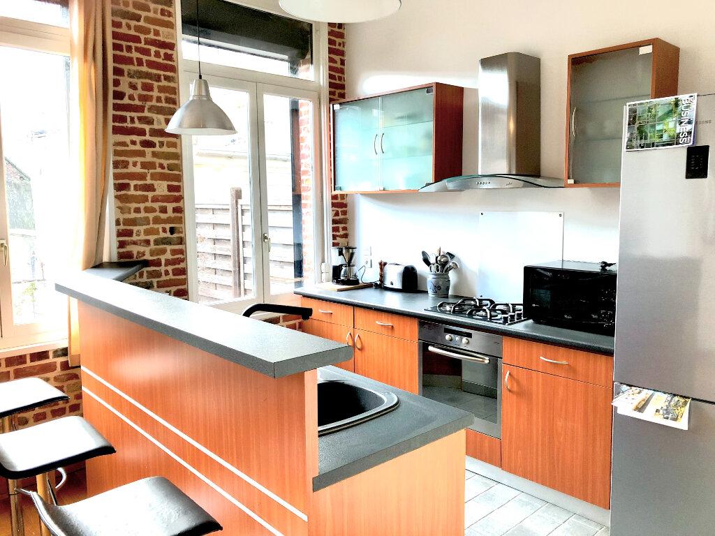 Appartement à louer 3 96.07m2 à Valenciennes vignette-1