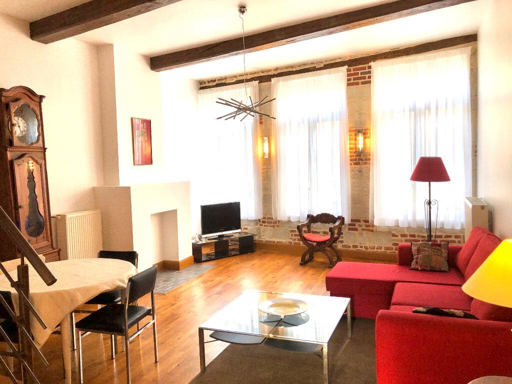 Appartement à louer 3 96.07m2 à Valenciennes vignette-2
