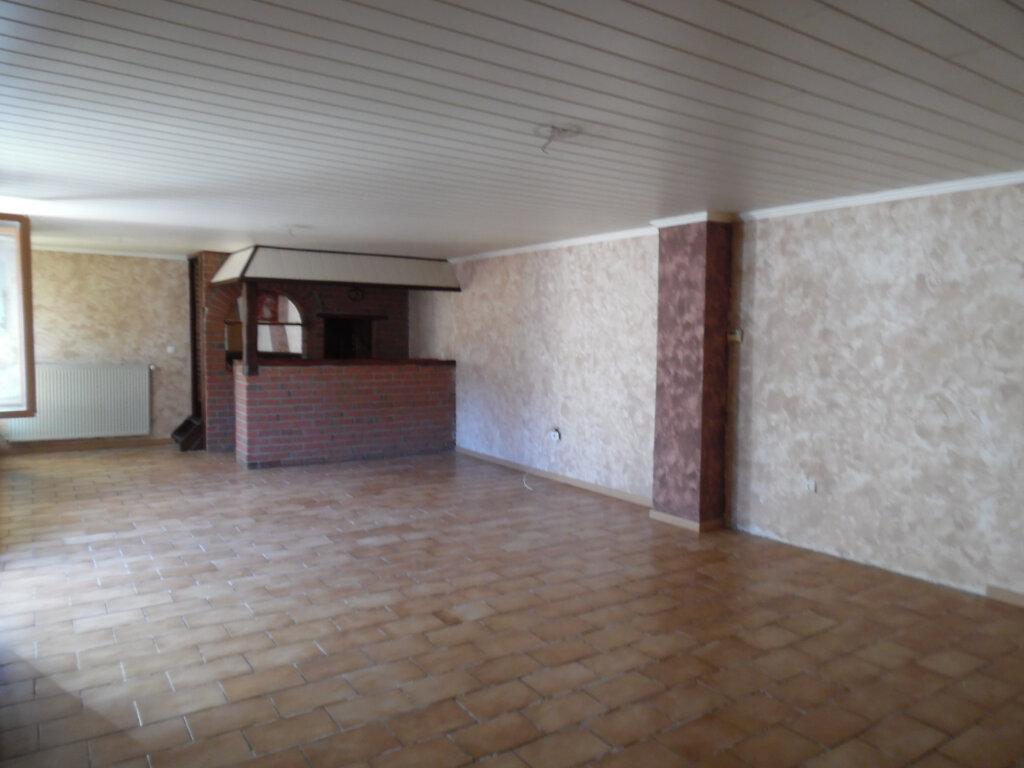 Maison à vendre 5 112.84m2 à Beuvrages vignette-7