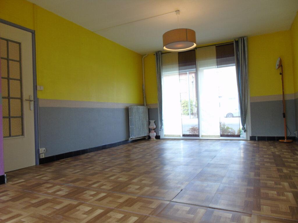 Maison à louer 6 119m2 à Maubeuge vignette-4