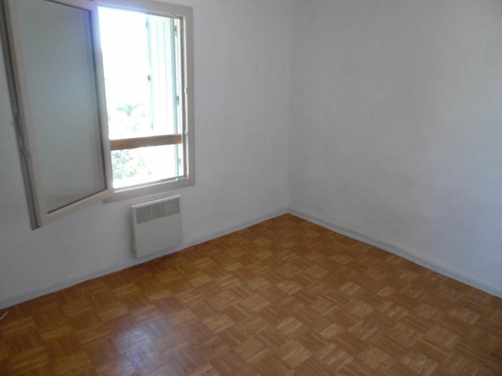Maison à louer 3 61m2 à Combaillaux vignette-8