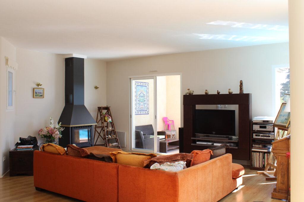 Maison à vendre 5 134.95m2 à Claret vignette-4