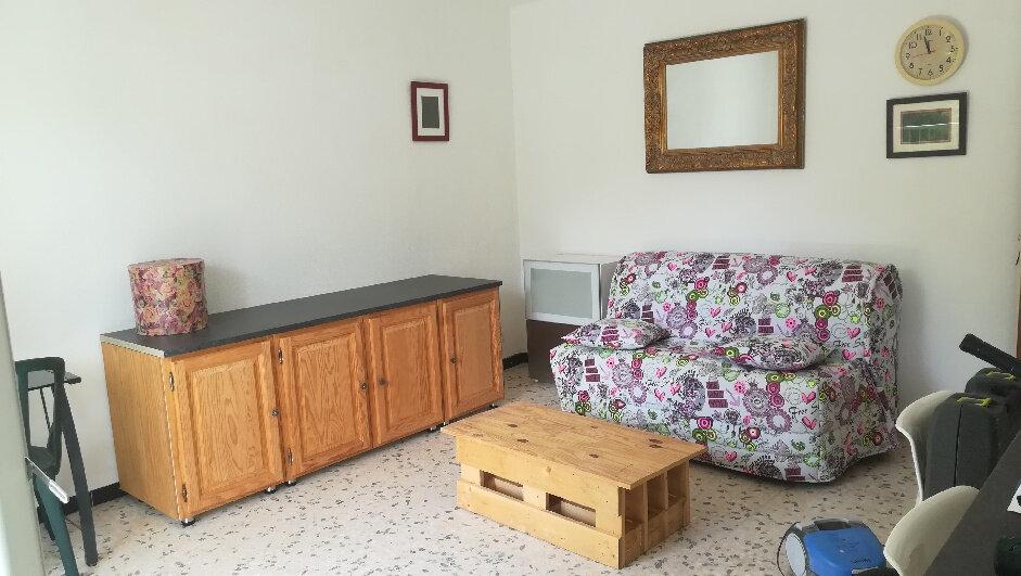 Appartement à louer 1 35m2 à Montpellier vignette-2