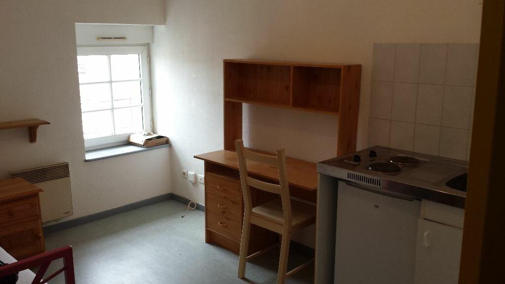 Appartement à louer 1 13m2 à Nancy vignette-1