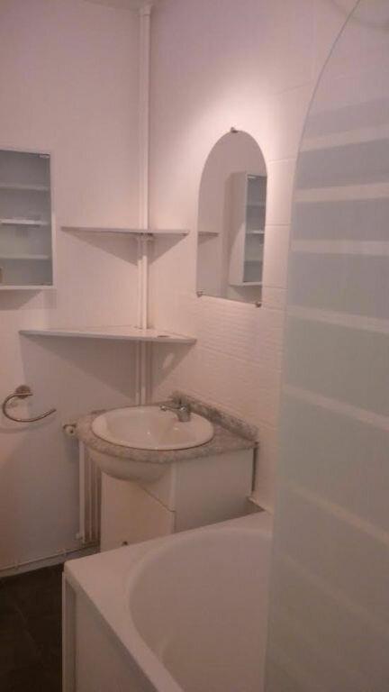 Appartement à louer 4 75.89m2 à Vandoeuvre-lès-Nancy vignette-4