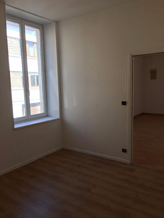 Appartement à louer 2 46.07m2 à Nancy vignette-6