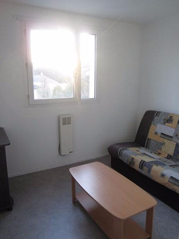 Appartement à louer 1 19m2 à Vandoeuvre-lès-Nancy vignette-2