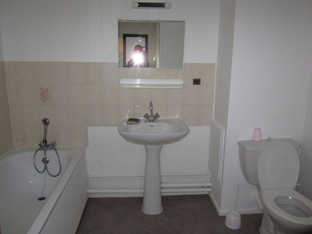 Appartement à louer 1 19m2 à Vandoeuvre-lès-Nancy vignette-4
