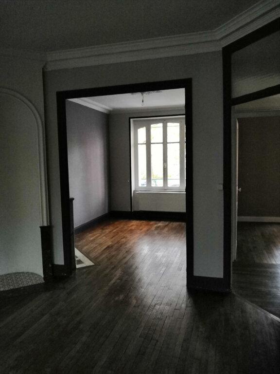 Maison à louer 7 147.51m2 à Nancy vignette-4