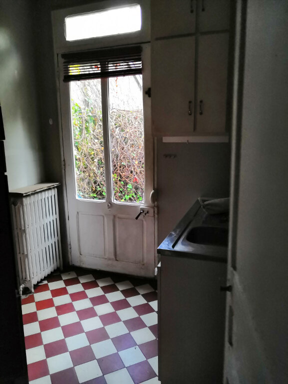 Maison à louer 7 147.51m2 à Nancy vignette-7
