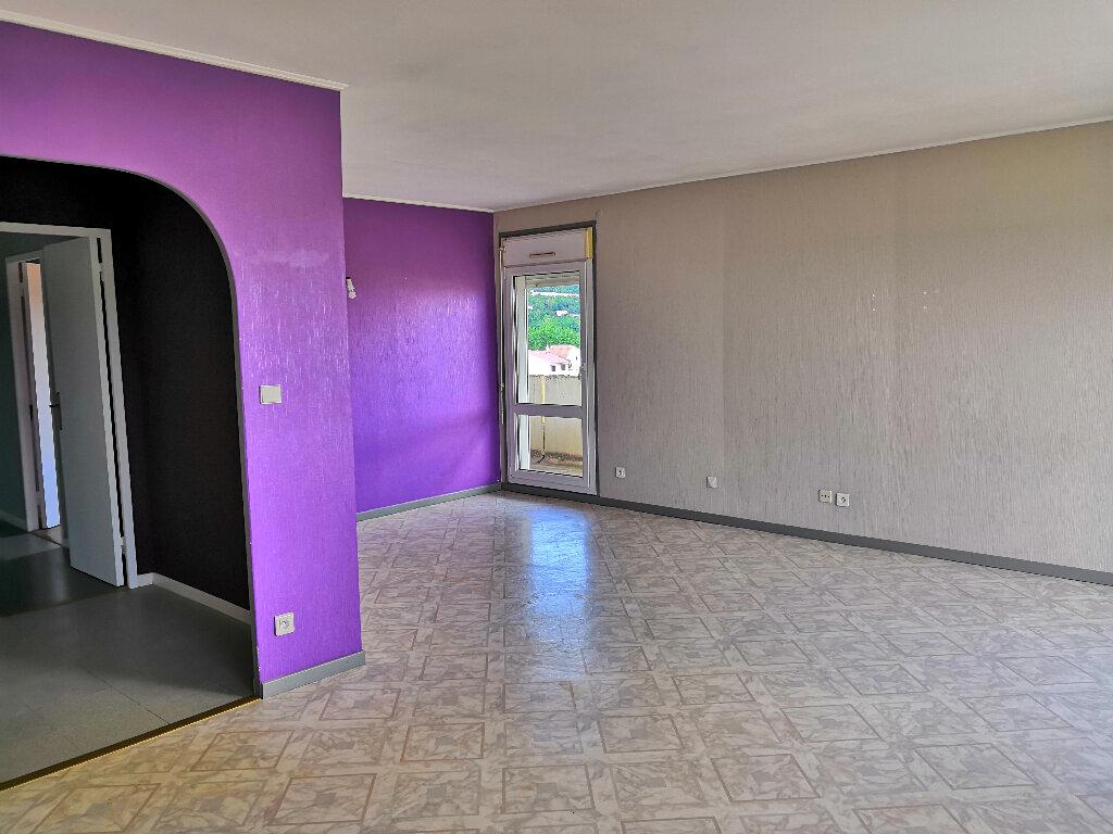 Appartement à louer 4 91.1m2 à Ludres vignette-4