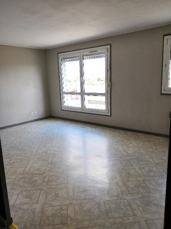 Appartement à louer 4 91.1m2 à Ludres vignette-5