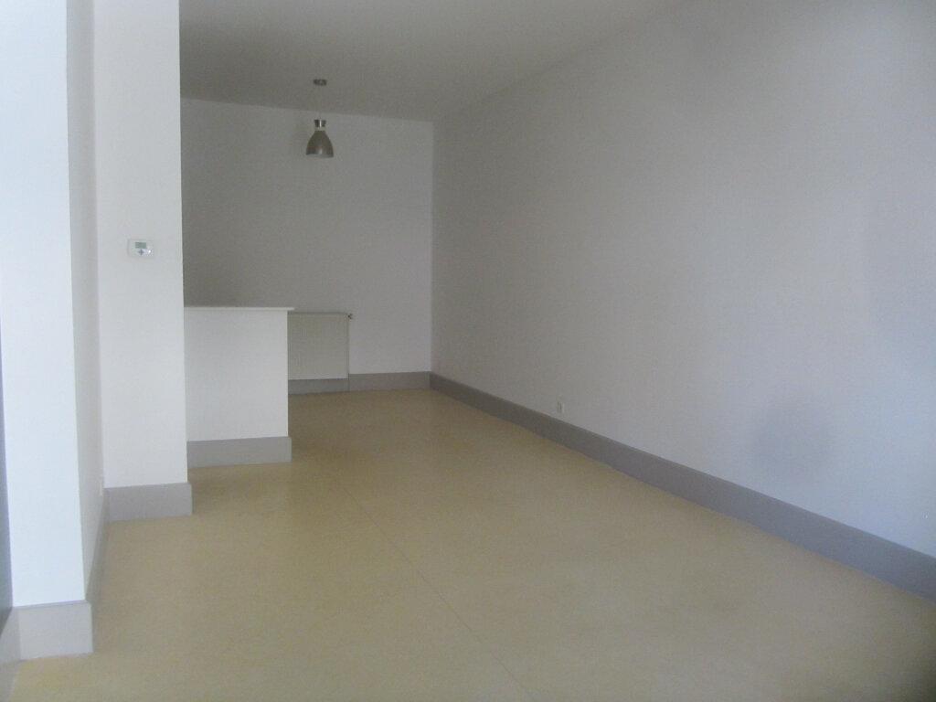 Appartement à louer 3 74m2 à Nancy vignette-3