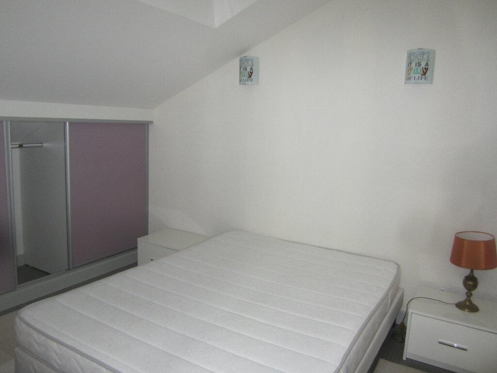 Appartement à louer 2 26.5m2 à Nancy vignette-4