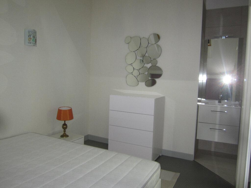 Appartement à louer 2 26.5m2 à Nancy vignette-5