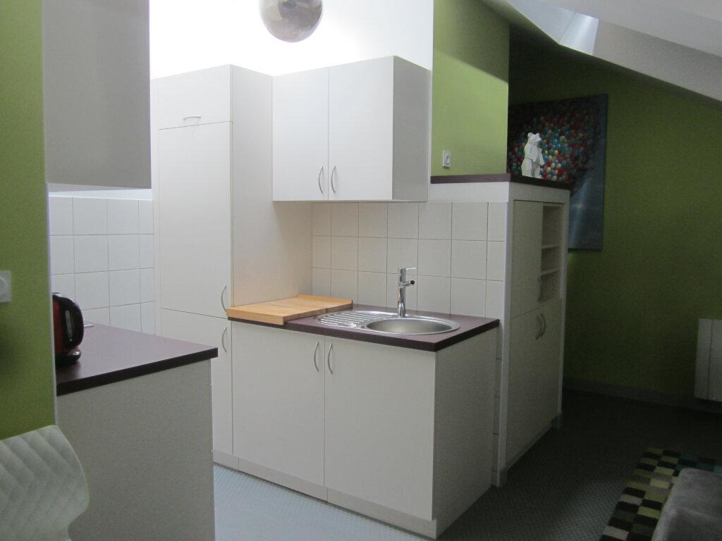 Appartement à louer 2 26.5m2 à Nancy vignette-6