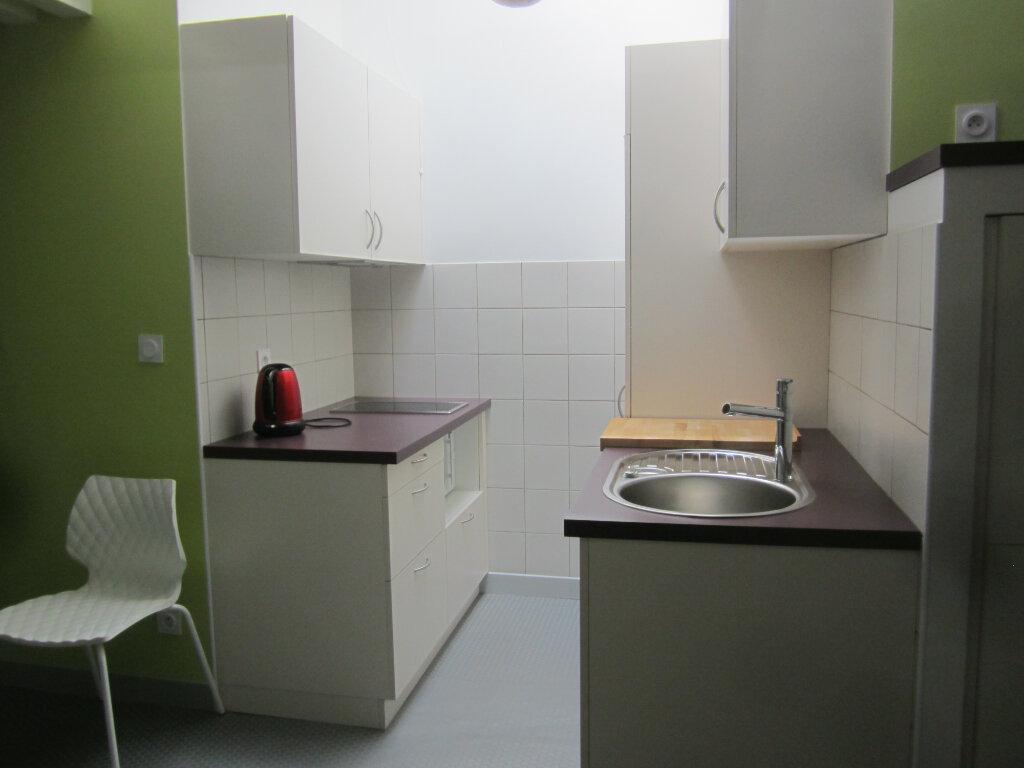 Appartement à louer 2 26.5m2 à Nancy vignette-7