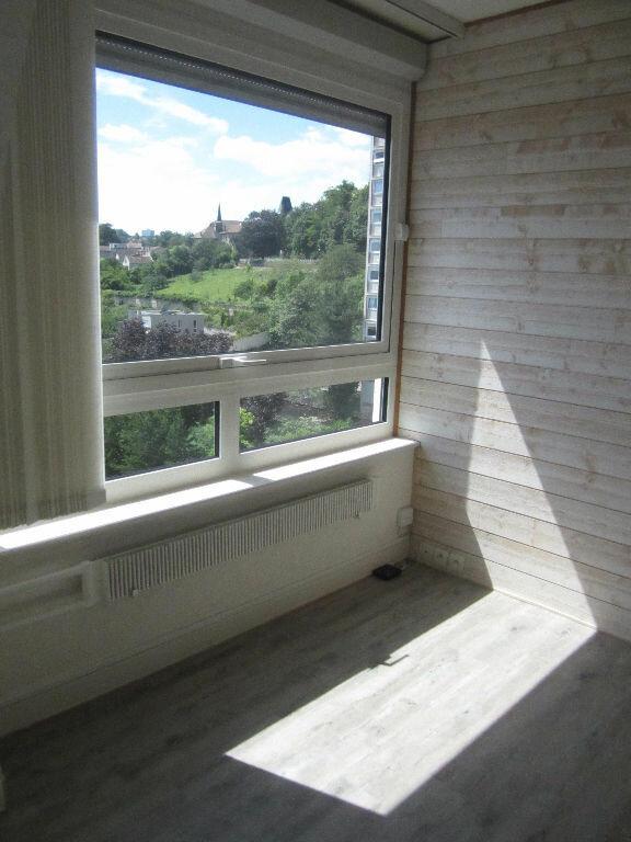 Appartement à louer 5 80m2 à Nancy vignette-5