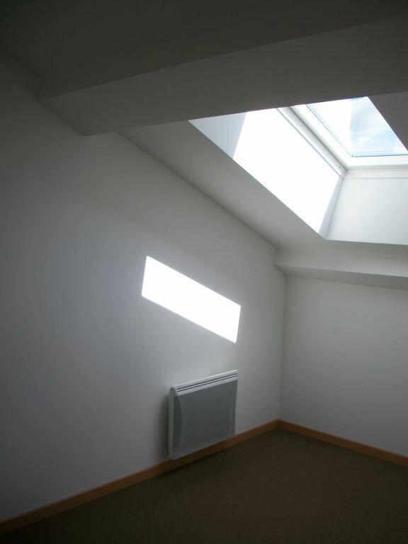 Appartement à louer 4 74m2 à Clérey-sur-Brenon vignette-4